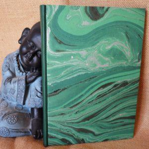 Carnet artisanal argent, noir et vert / A5 (120 pages)